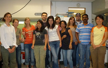 Group photo of people in laboratory
